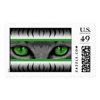 Ojos verdes timbre postal