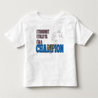 Oklahoman y un campeón camisas