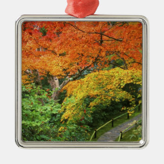 Okochi Sanso, Arashiyama, Kyoto, Japón 2 Adorno Cuadrado Plateado