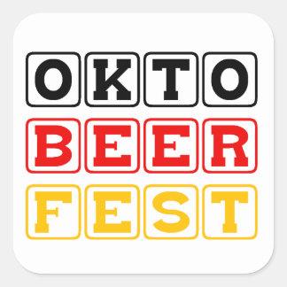 Oktobeerfest: Festival alemán de la cerveza de Colcomanias Cuadradas Personalizadas
