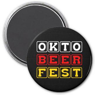 Oktobeerfest: Oktoberfest German Beer Festival Magnet