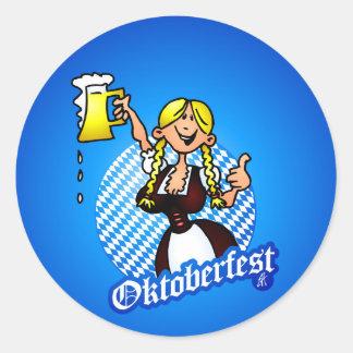 Oktoberfest - chica en un dirndl pegatina redonda