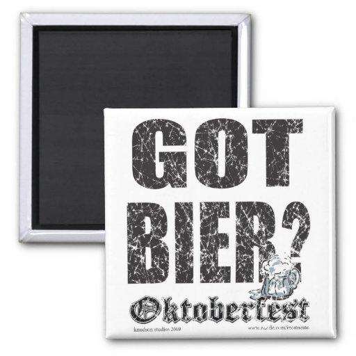 ¿Oktoberfest consiguió la féretro? Imán Cuadrado