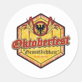 Oktoberfest - diseño de Pentágono Pegatinas Redondas
