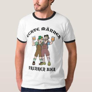 Oktoberfest ECHTE MÄNNER TRINKEN BIER T-Shirt