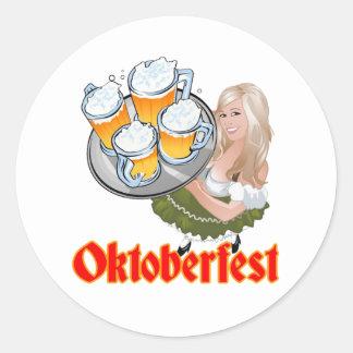 Oktoberfest Mädchen Classic Round Sticker