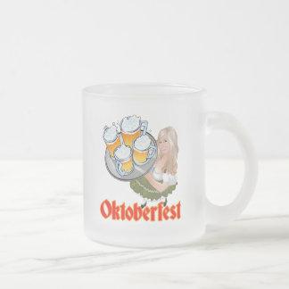 Oktoberfest Mädchen 10 Oz Frosted Glass Coffee Mug