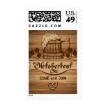 Oktoberfest, poster del vintage con de madera