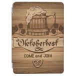 Oktoberfest, poster del vintage con de madera cover de iPad air