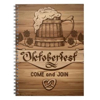 Oktoberfest, poster del vintage con de madera libros de apuntes con espiral