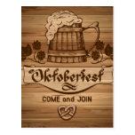 Oktoberfest, poster del vintage con de madera tarjeta postal