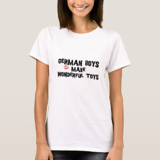 Oktoberfest T-Shirt German Boys Make Wonderful Toy