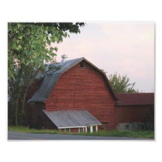Ol' Red Barn 10x8 Photographic Print