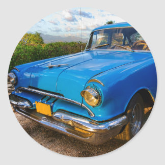 Old American classic car in Trinidad, Cuba Classic Round Sticker