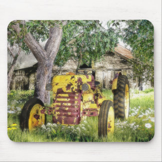 Old Barn And Tractor Mouse Pad