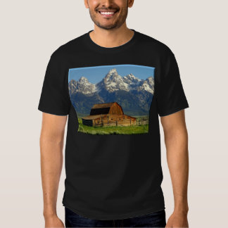 Old Barn Grand Tetons T-shirt