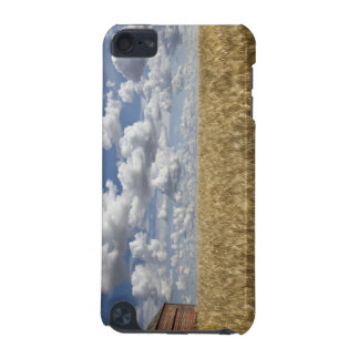 Old Barn in Wheat Field 2 iPod Touch (5th Generation) Case