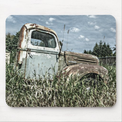 Old Beater Truck - Rusty Vintage Farm Vehicle Mousepads