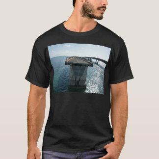 old bridge T-Shirt