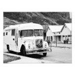 Old Bus in the street. Fotografías