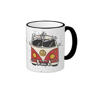 Old Car - red Mugs