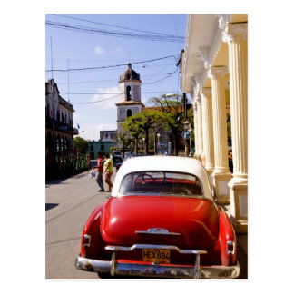 Old classic American auto in Guanabacoa a town Postcard