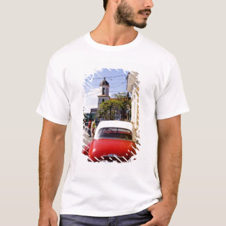 Old classic American auto in Guanabacoa a town T-Shirt