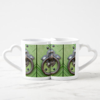 Old door coffee mug set