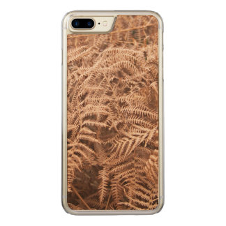 Old Dry Yellow Brown Fern - Foliage Photography Carved iPhone 8 Plus/7 Plus Case