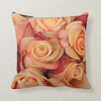 Old fahioned looking pink roses throw pillow