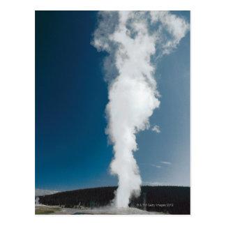 Old Faithful geyser , Yellowstone National Park Postcard