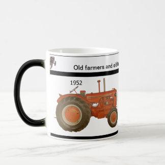 OLD FARMERS & OLD TRACTORS, KEEP CHUGGING -  MUG