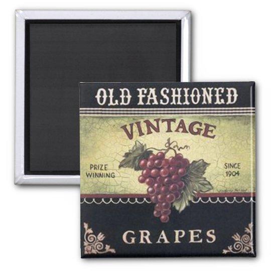 Old Fashion Vintage Grapes, Purple and Black Wine Magnet