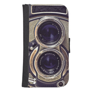 Old-fashioned camera phone wallet