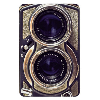 Old-fashioned camera rectangle magnet
