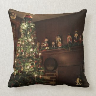 Old-Fashioned Colonial Christmas Holiday Greeting Pillows