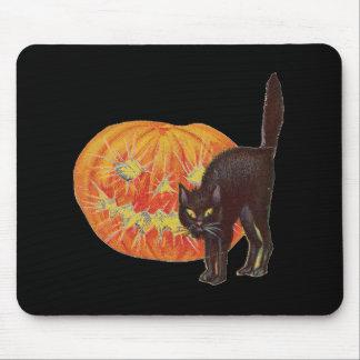 Old Fashioned Halloween Black Cat & Jack-O-Lantern Mouse Pad