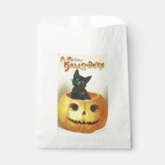 Old-fashioned Halloween, Black cat on Pumpkin Favor Bag