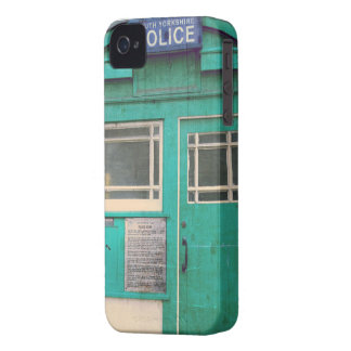 old-fashioned police phone box iPhone 4 case
