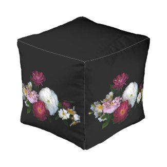 Old Fashioned Roses Cube Pouf