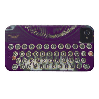 old fashioned typewriter iPhone 4 case