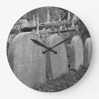 old headstones large clock