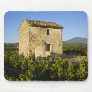Old house in the Comtat Venaissin, Vaucluse, Mouse Pad