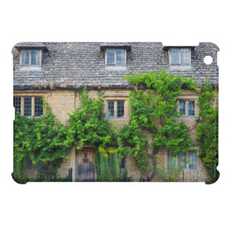 Old Inn along High Street iPad Mini Cases