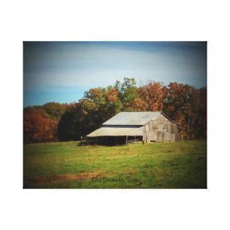 Old Kentucky Barn Canvas Print