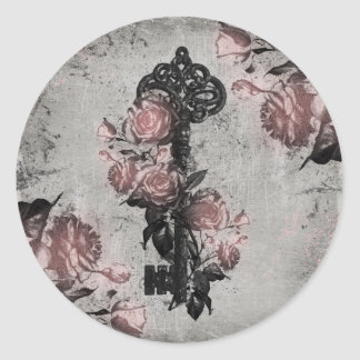 Old Key and Roses Classic Round Sticker