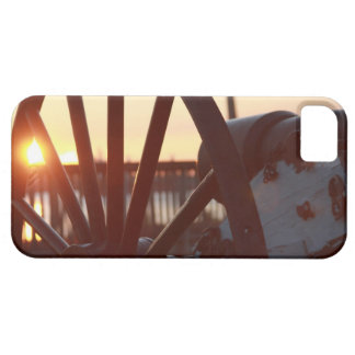 Old Military Cannon Wheel Sunset Photo iPhone SE/5/5s Case