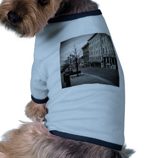 OLD MONTREAL CANADA PET TSHIRT