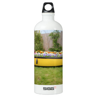 Old Motor Boat With Flowers Water Bottle