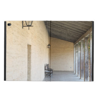 Old Outside Corridor Powis iPad Air 2 Case